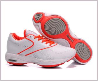 В какой обуви заниматься фитнесом