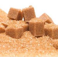 Коричневый сахар имеет более интенсивный аромат патоки